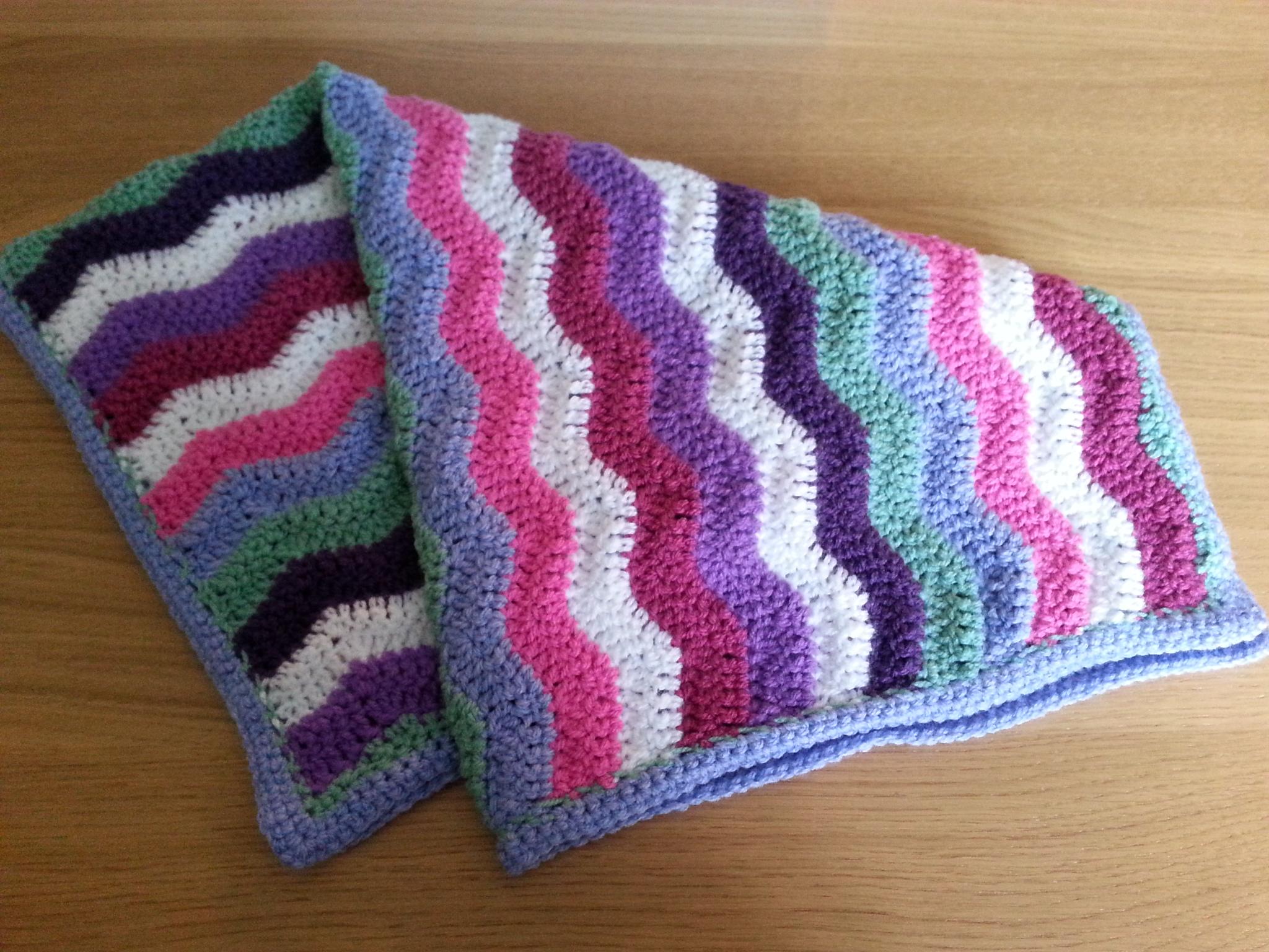Crochet – Wave Baby Blanket – humbugshouse