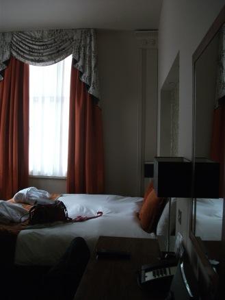 Heywood House Hotel, Liverpool (3)