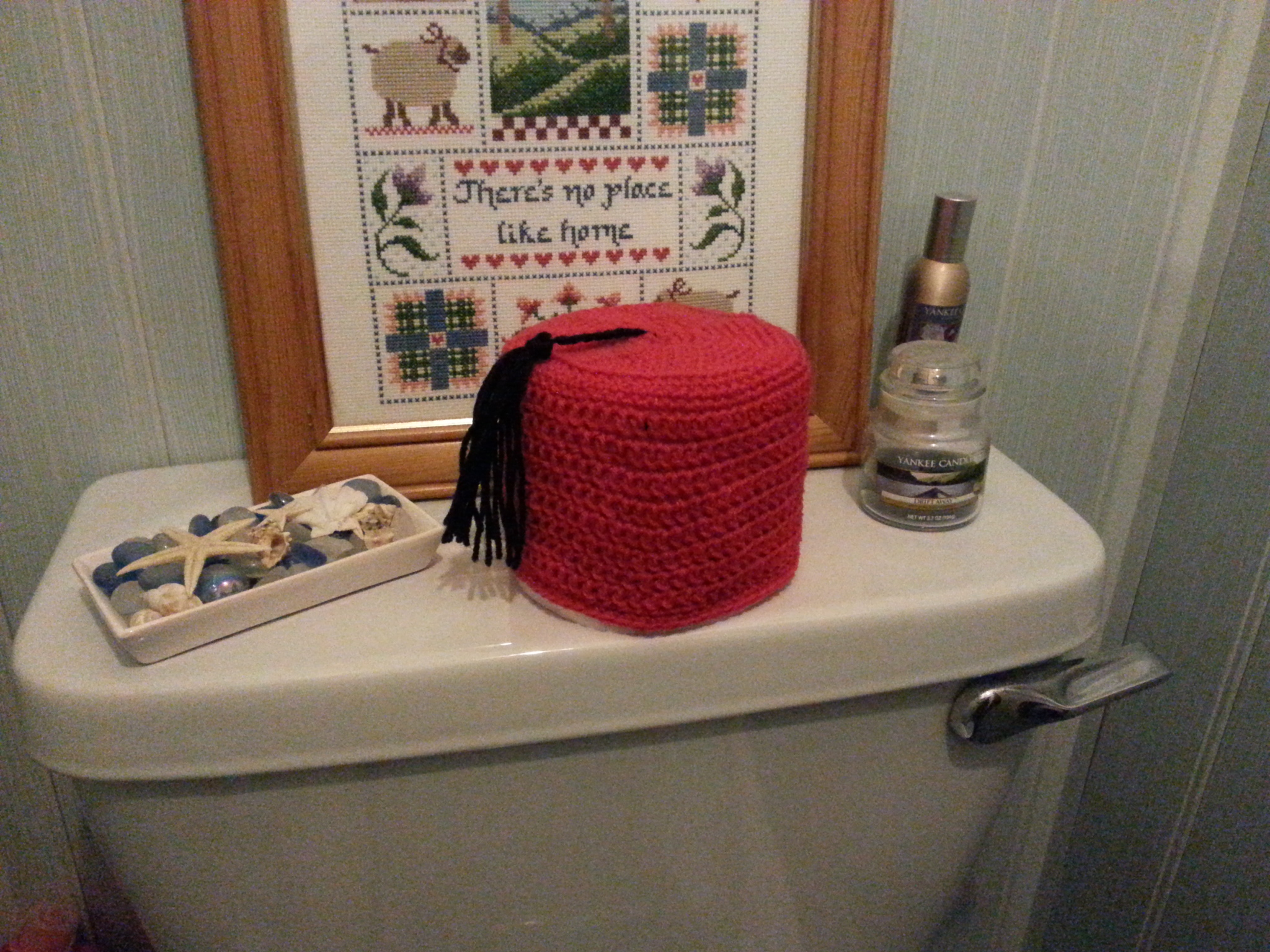 Crochet Fez Toilet Roll Cover – humbugshouse